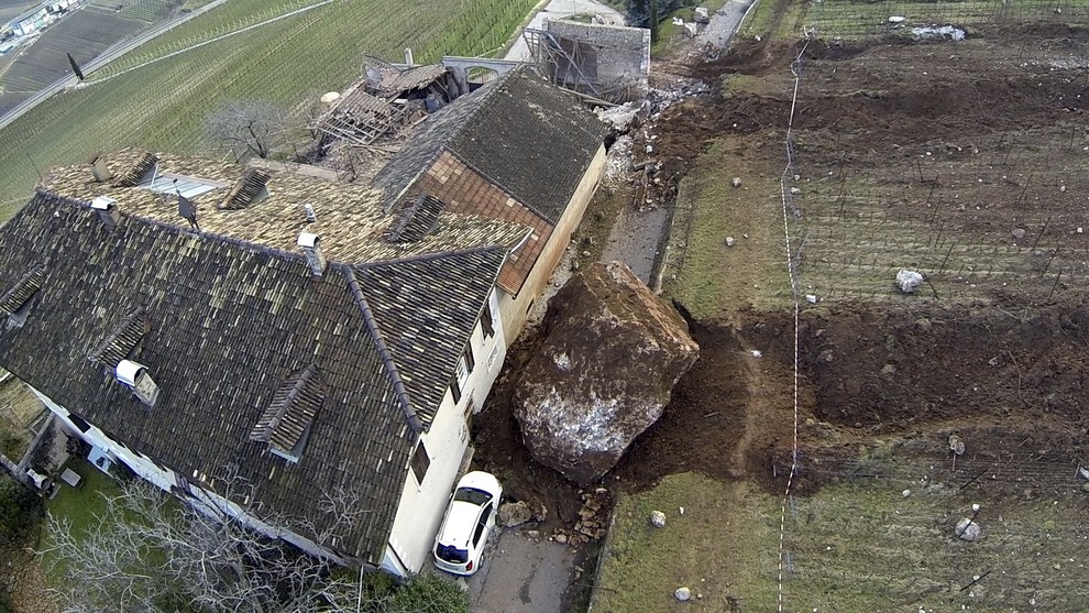 A Landslide In Italy Just Destroyed A 300 Year Old Home